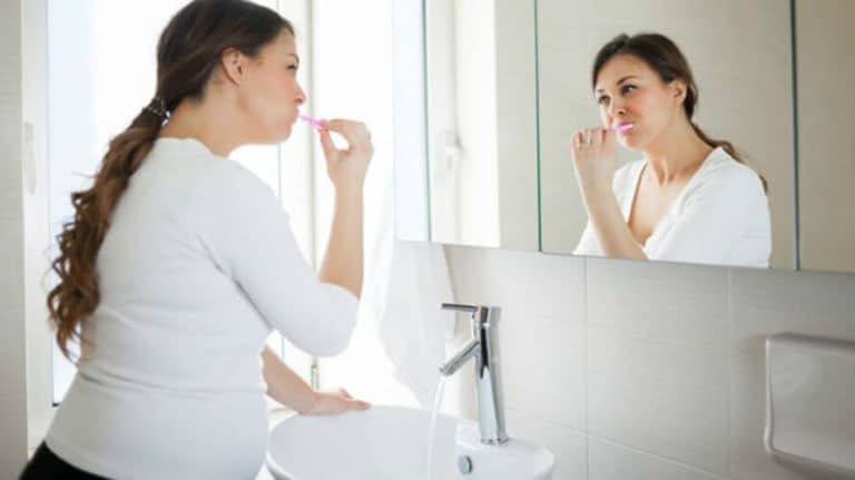Zubi u trudnoći – kako ih sačuvati i njegovati?