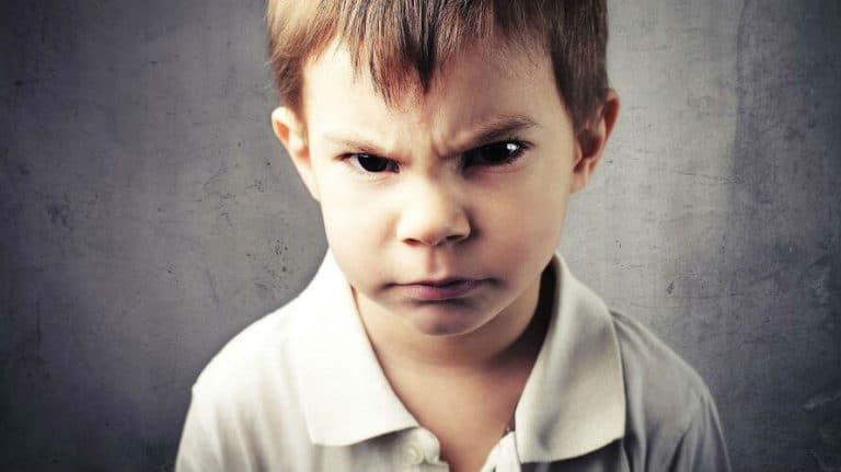 Tourettov sindrom (tikovi kod djece) – uzroci, simptomi i liječenje