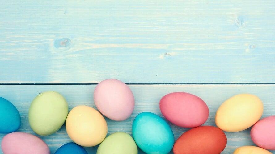 Bojanje jaja prirodnim bojama
