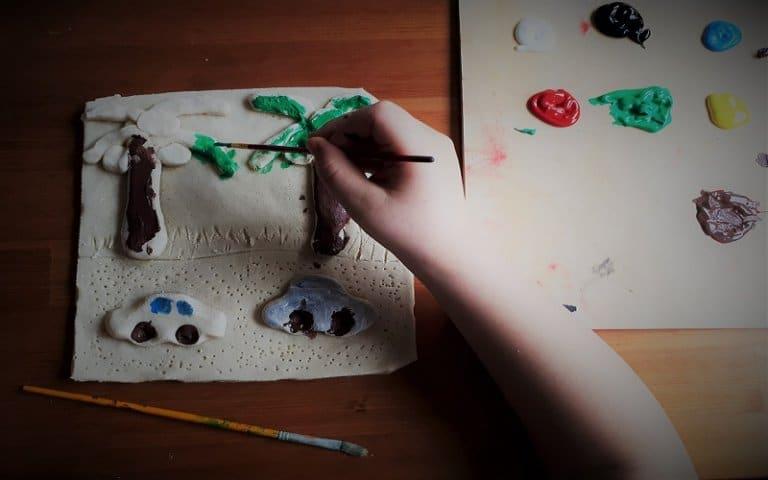 Kreativni kutak: Slikanje po slanom tijestu