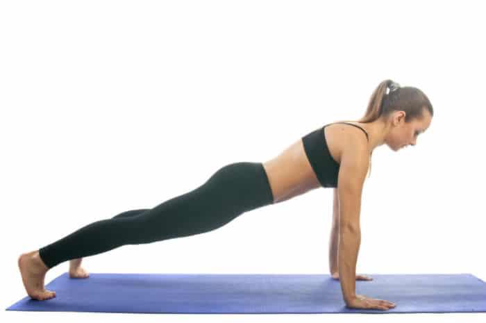 Vježbanje nakon poroda: Visoki plank