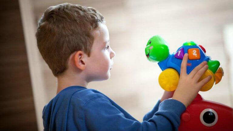 Veliko A – što je autizam i koji su simptomi autizma?