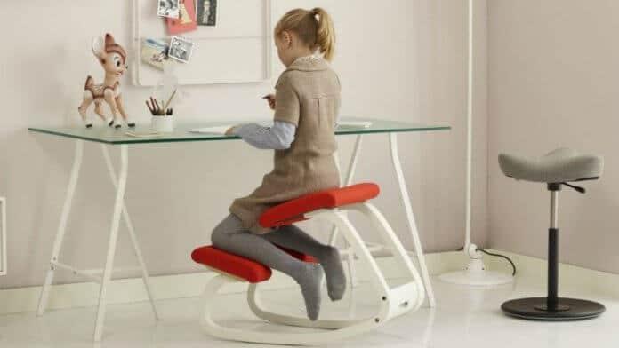 Stolica klečalica za ergonomsko sjedenje