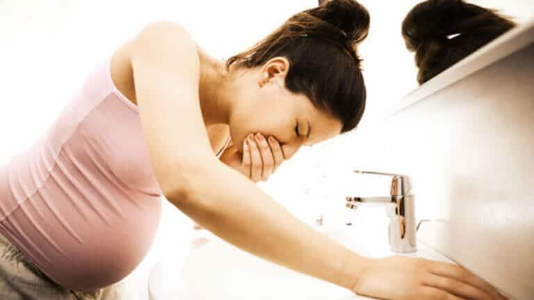 Mučnine u trudnoći – kada počinju i kako ih ublažiti?