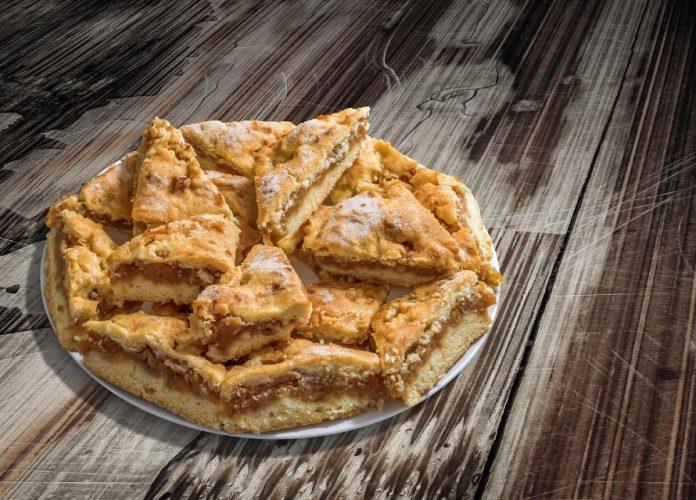 Pita od jabuka - recept
